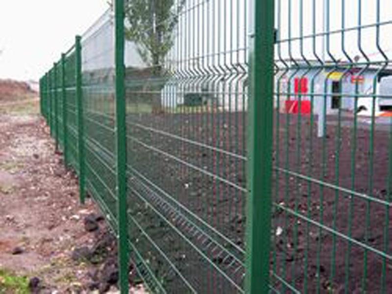 Забор из европейской секции ограждений